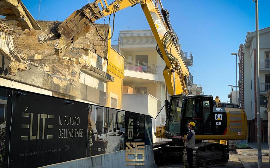 Inizio lavori di demolizione – Élite